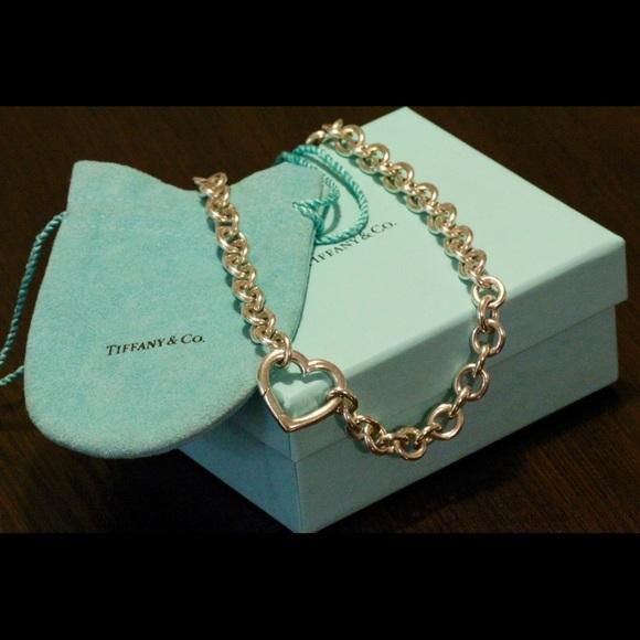 79e4135fb8cd0 Tiffany & Co. open heart clasp necklace